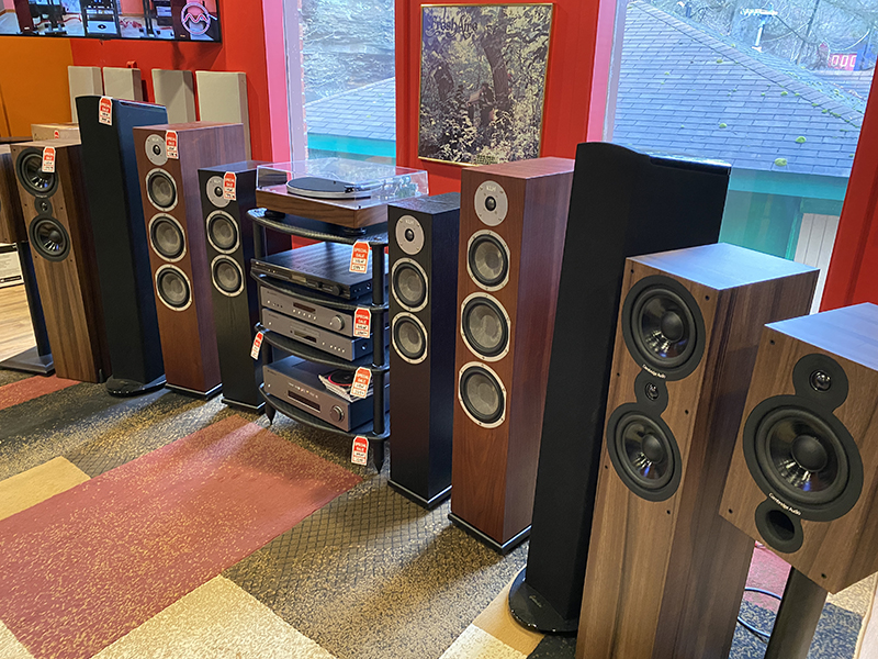 February Speaker Sale - 3003 Babcock Blvd.